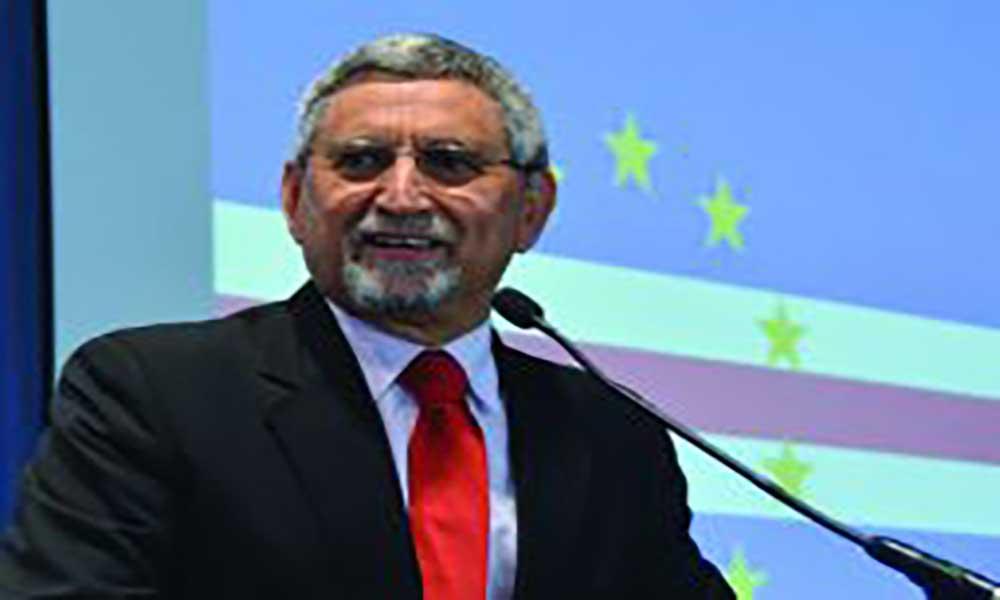 Jorge Carlos Fonseca lança primeiro romance em julho