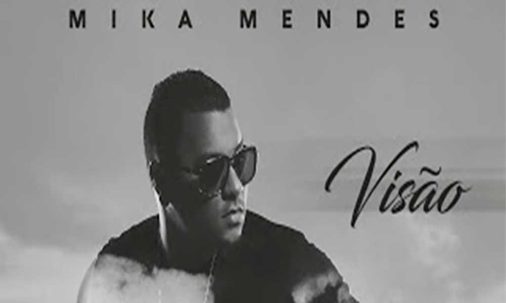 """Mika Mendes apresenta álbum """"Visão"""" na Praia"""