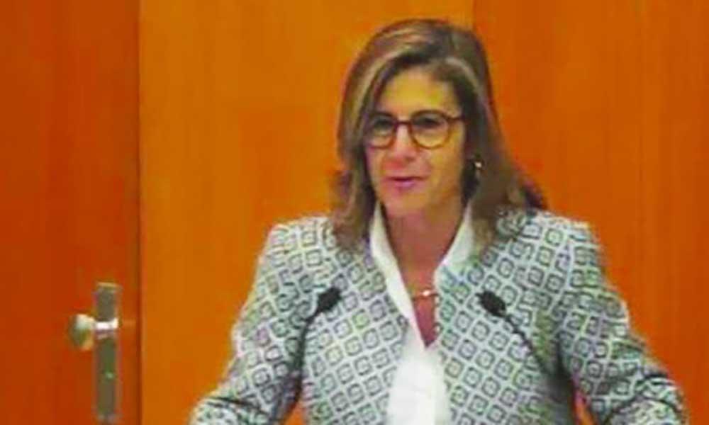 Secretária de Estado da Ciência e Ensino Superior de Portugal vista Cabo Verde