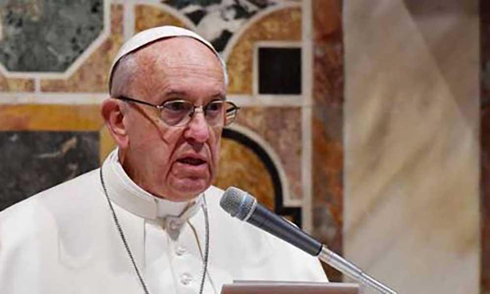 Vaticano: Papa aceita renúncia de cardeal acusado de abuso sexual