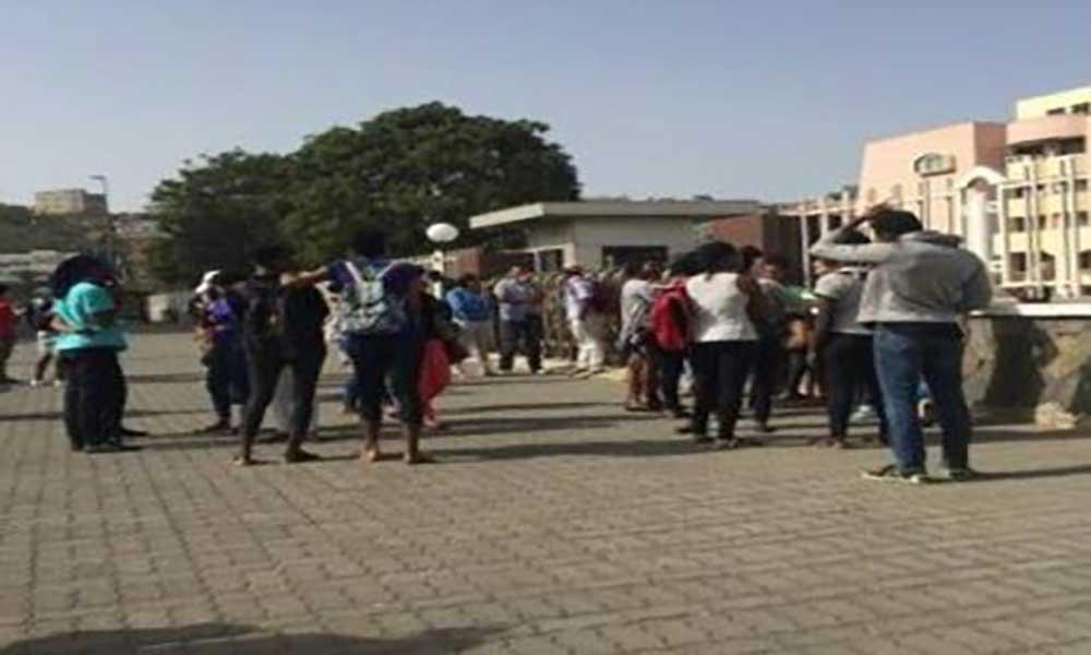 Caso bolseiros da Uni-Piaget: Estudantes levam problema ao Ministério da Educação