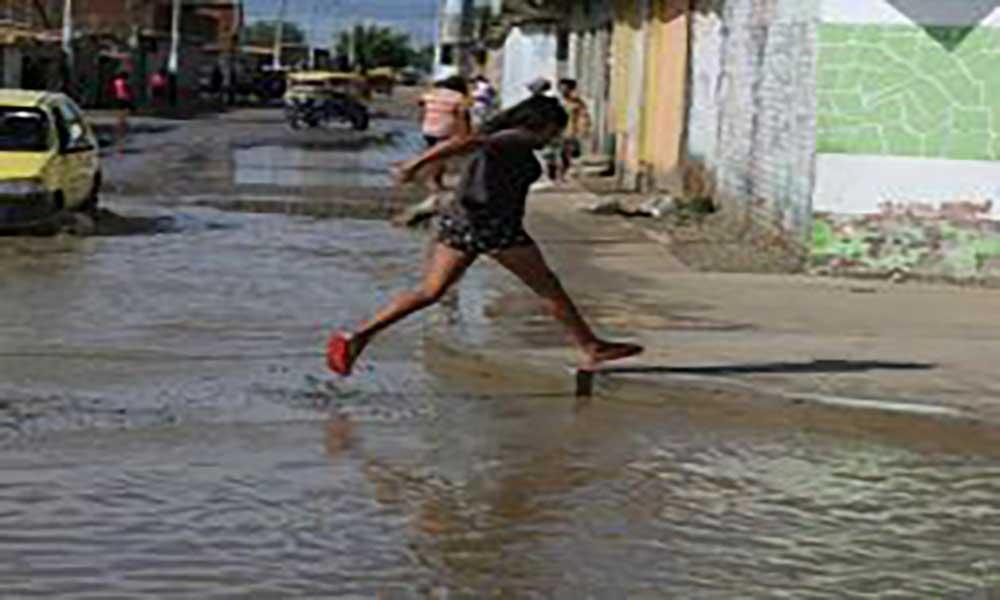 Inundações: China dá ajuda financeira ao Perú
