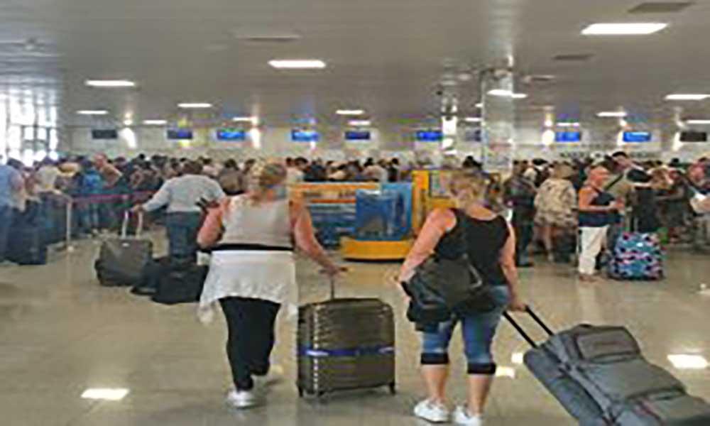 Aeroportos de Cabo Verde: tráfego de passageiros cresce 19,6% e o movimento de aeronaves 19,9% em 2017