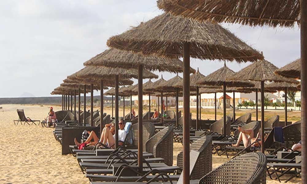 Mais de 100 empreendimentos turísticos em Cabo Verde funcionam ilegalmente, diz relatório