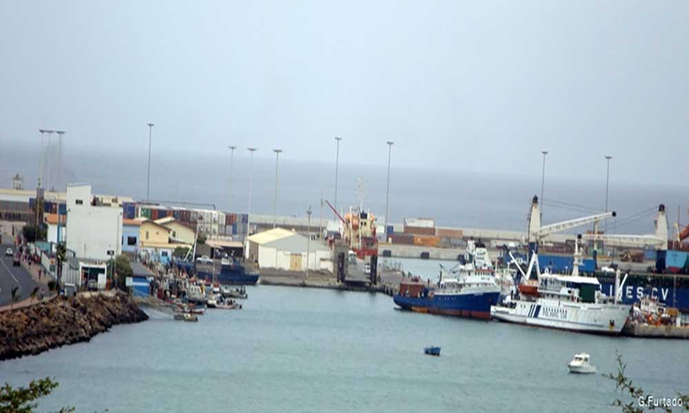 Alfândega da Praia vai ter Guiché Único para desembaraço das pequenas encomendas