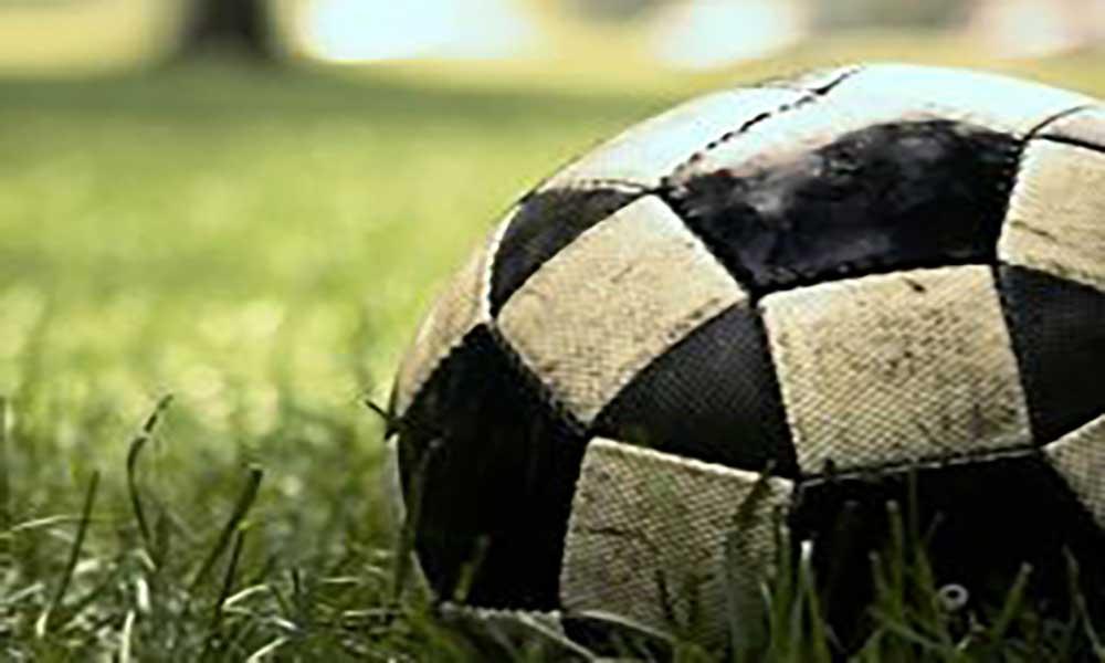 UCCLA homenageia antigas glórias do futebol