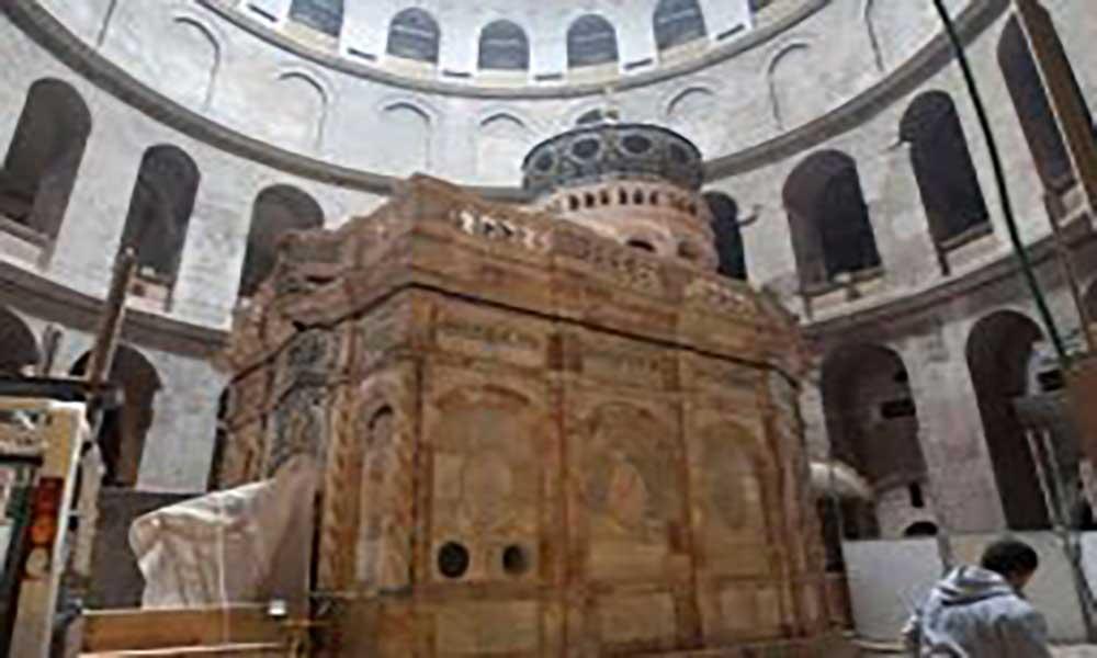 Religião: Túmulo de Jesus Cristo aberto ao público