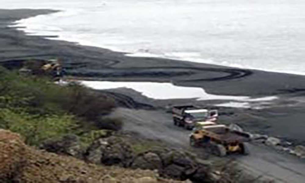 Fogo: Problemática da extracção de areia com debate agendado para abril