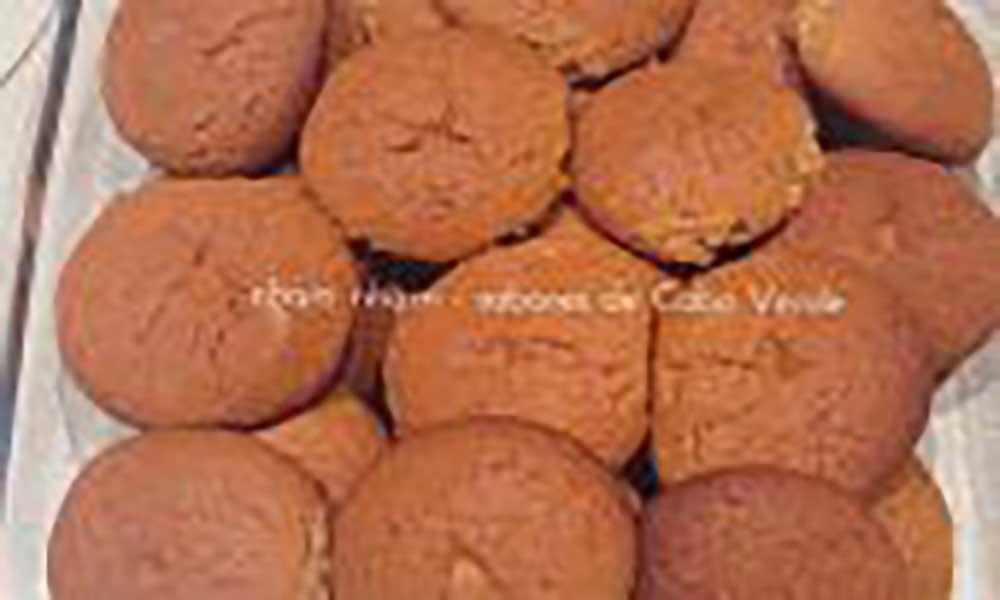 Bolinhos de Mel (Fonte: Nham Nham – Sabores de Cabo Verde)