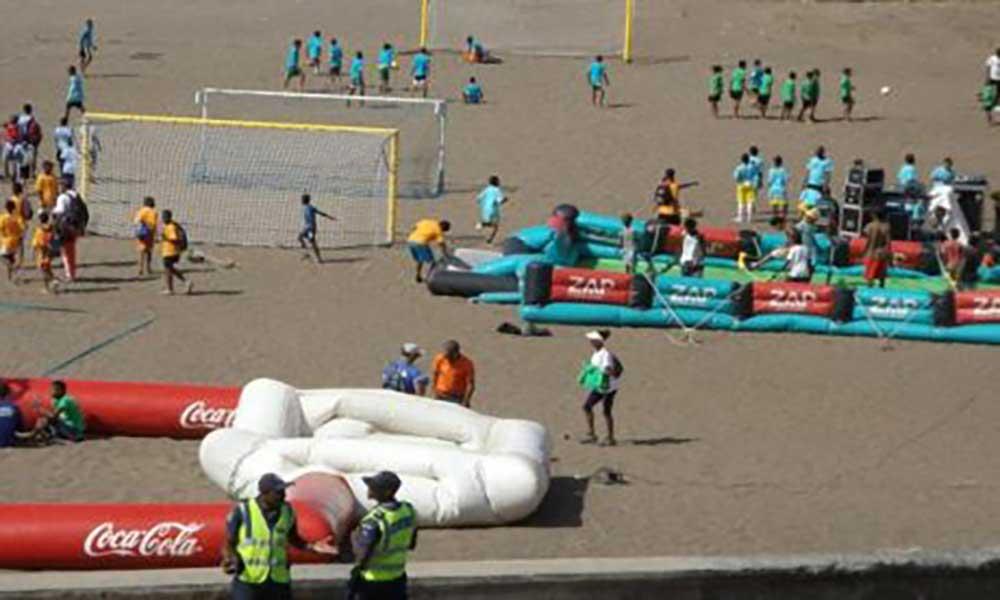 Praia da Gamboa acolhe Praião de Desporto