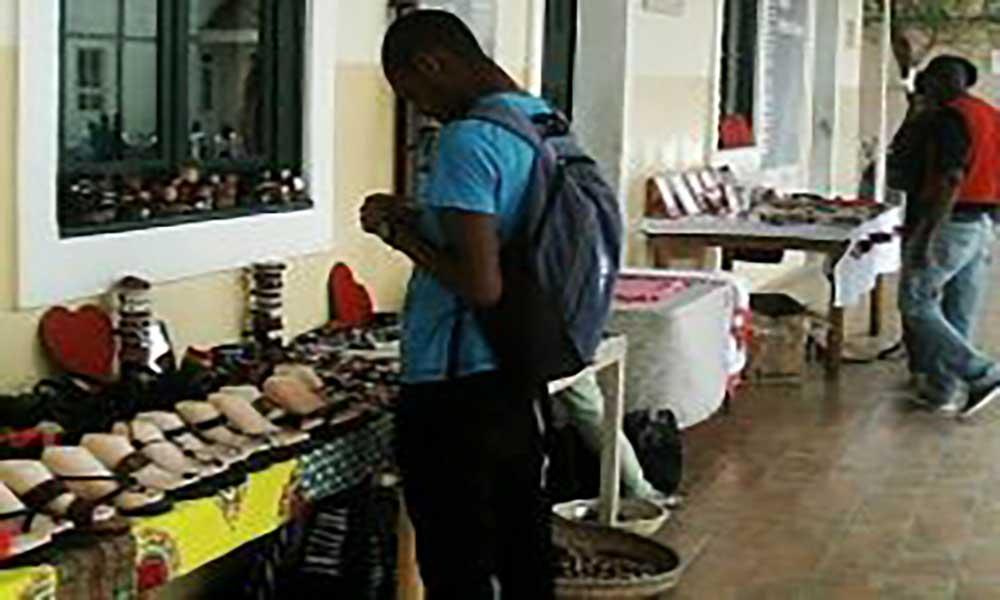 Santa Catarina: Abraão Vicente abre 4ª Residência Artística em Assomada