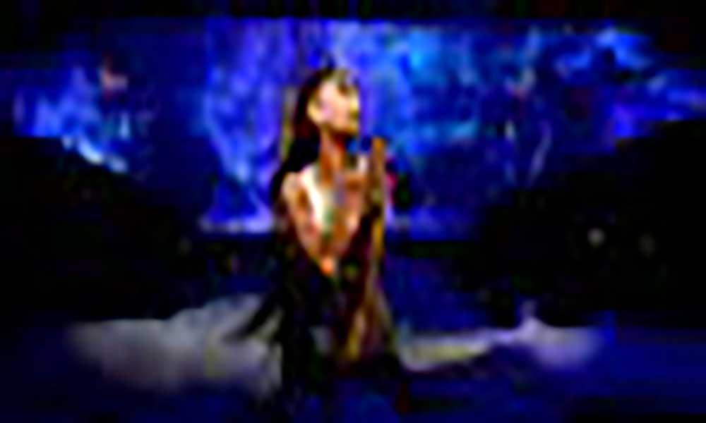 Massacre de Manchester: Ariana Grande paga funeral de vítimas de ataque