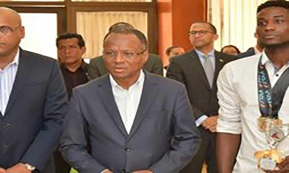 Governo atribui passaporte diplomático a Gracelino Barbosa