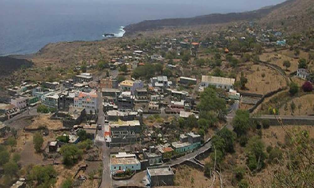Mosteiros: Câmara incentiva projectos de regadio