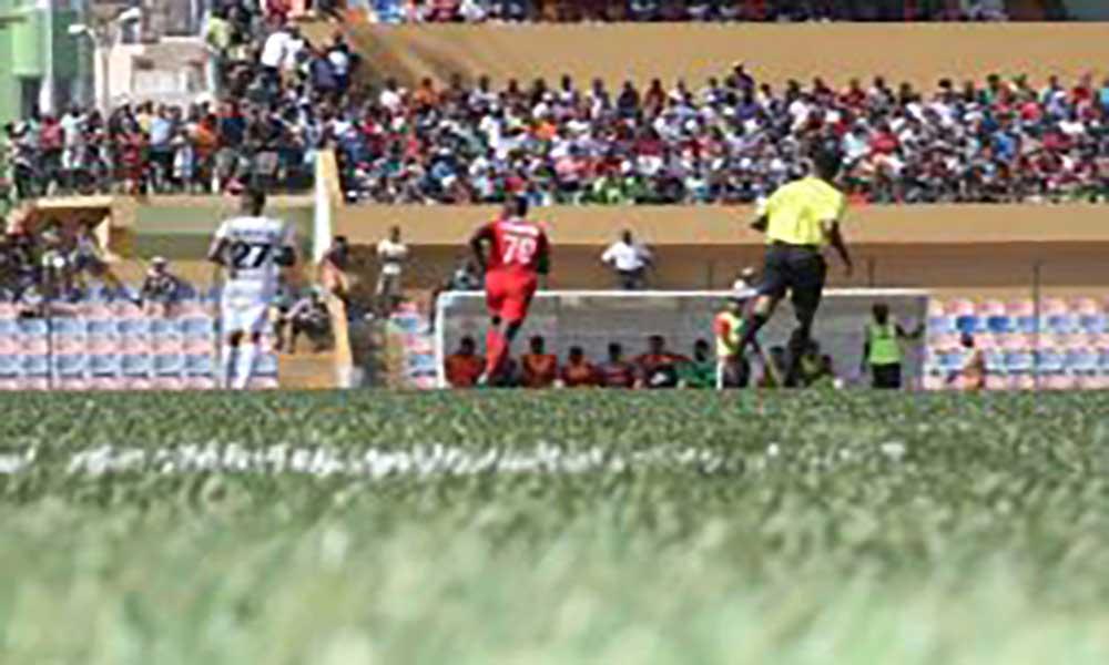 Nacional de futebol: Quarteto de São Vicente dirige Sporting da Praia - Académica do Porto Novo