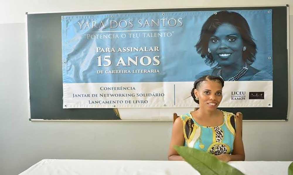 Yara dos Santos comemora 15 anos de carreira literária em Portugal