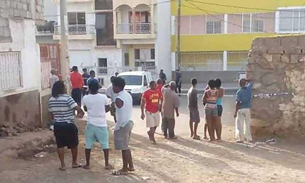 Praia: indivíduo morto a tiro em Achadinha, quando supostamente tentava fazer um assalto