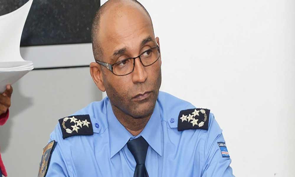 Diretor Nacional da Polícia Nacional visita Comando Regional do Fogo