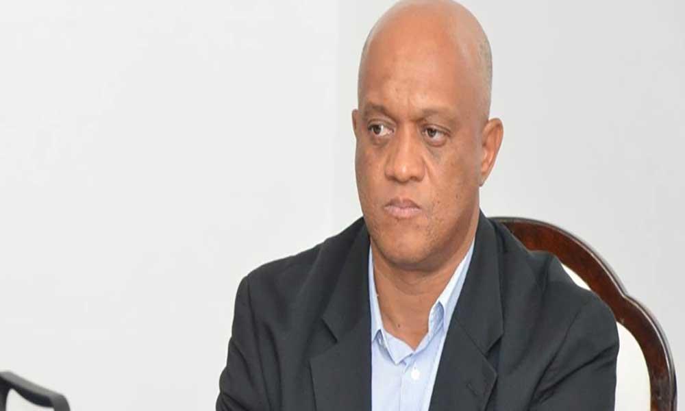 São Vicente: Ministro Luís Filipe Tavares visita navio Infanta Elena