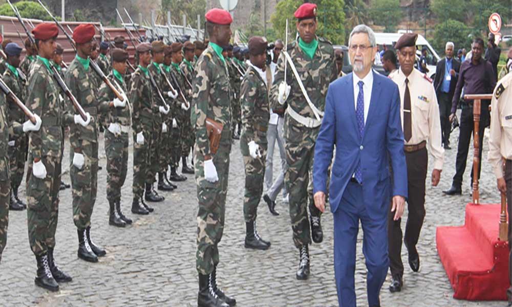 """Presidente da República considera """"nobre"""" o encargo que têm os mais novos soldados"""