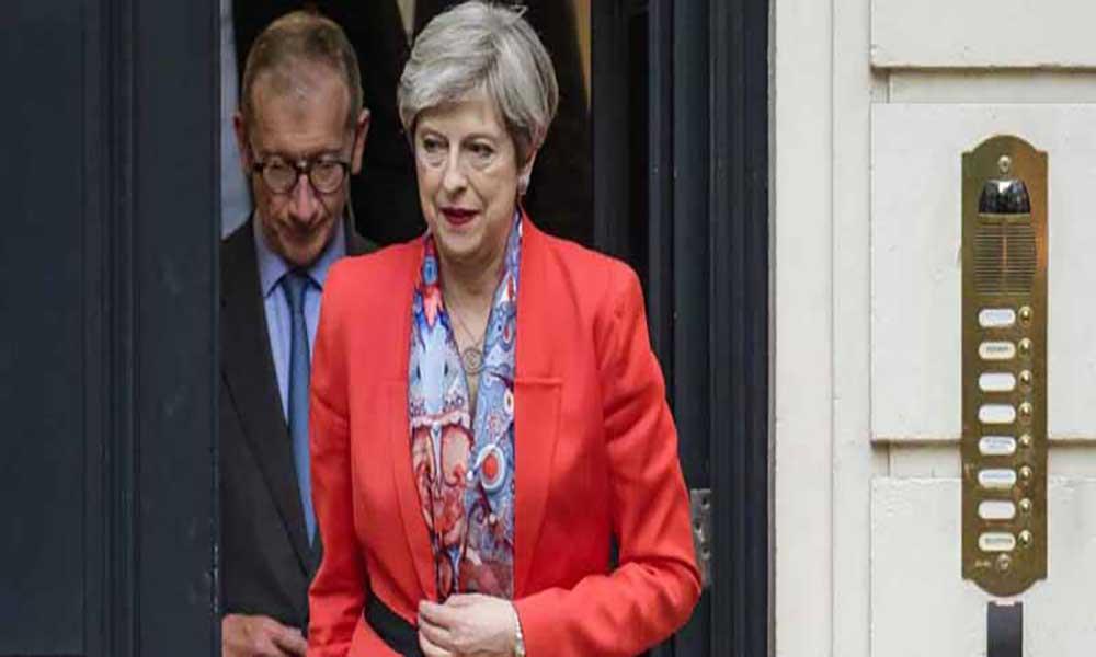 Conflito na Síria: Theresa May convoca reunião de emergência