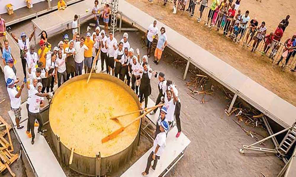 "Badja Ku Sol: Representante do Guinness Book testemunha a ""Maior Cachupa do Mundo"""