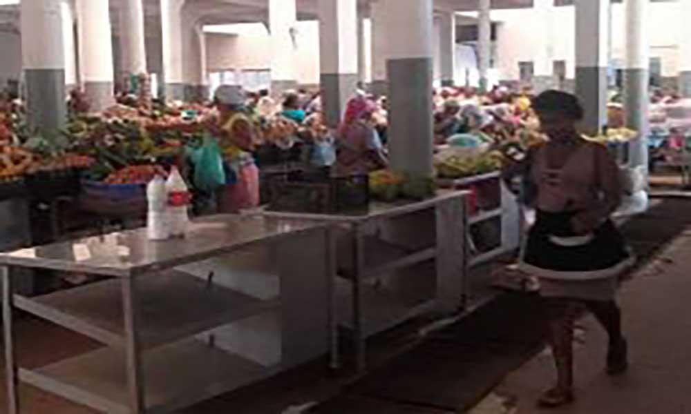 Mercados da Praia e Assomada em tempo de seca: Santiago continua a exportar frescos para outras ilhas