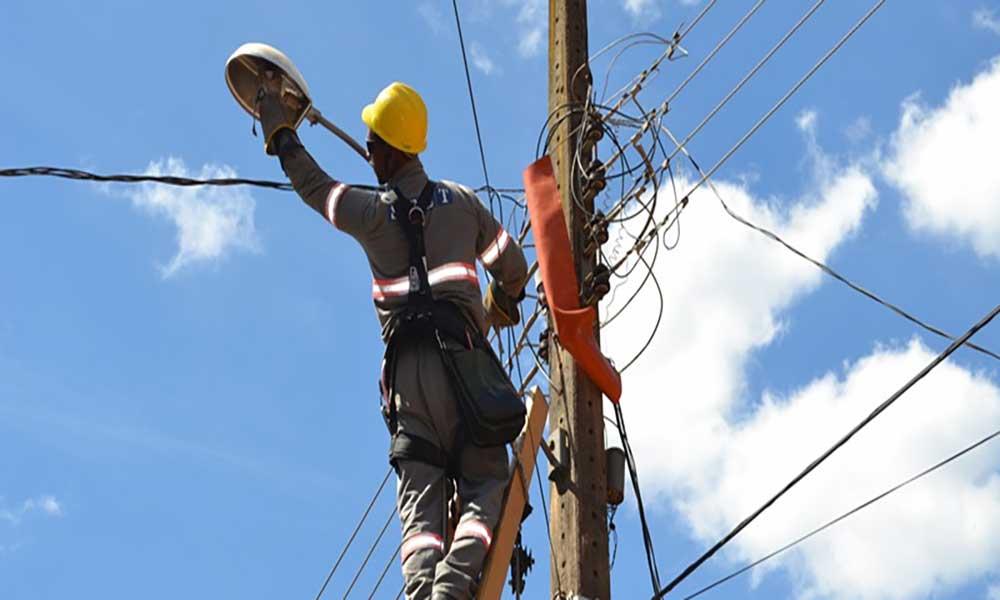 São Miguel: Eletricidade chega a localidade de Garçote