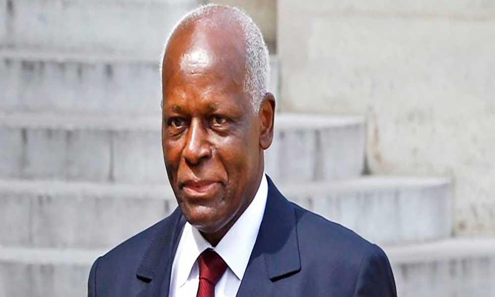 Angola: Eduardo dos Santos recua e não abandona liderança do MPLA