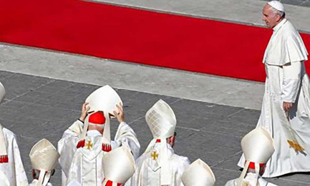 Vaticano leva a tribunal ex-responsáveis por obras em casa de cardeal