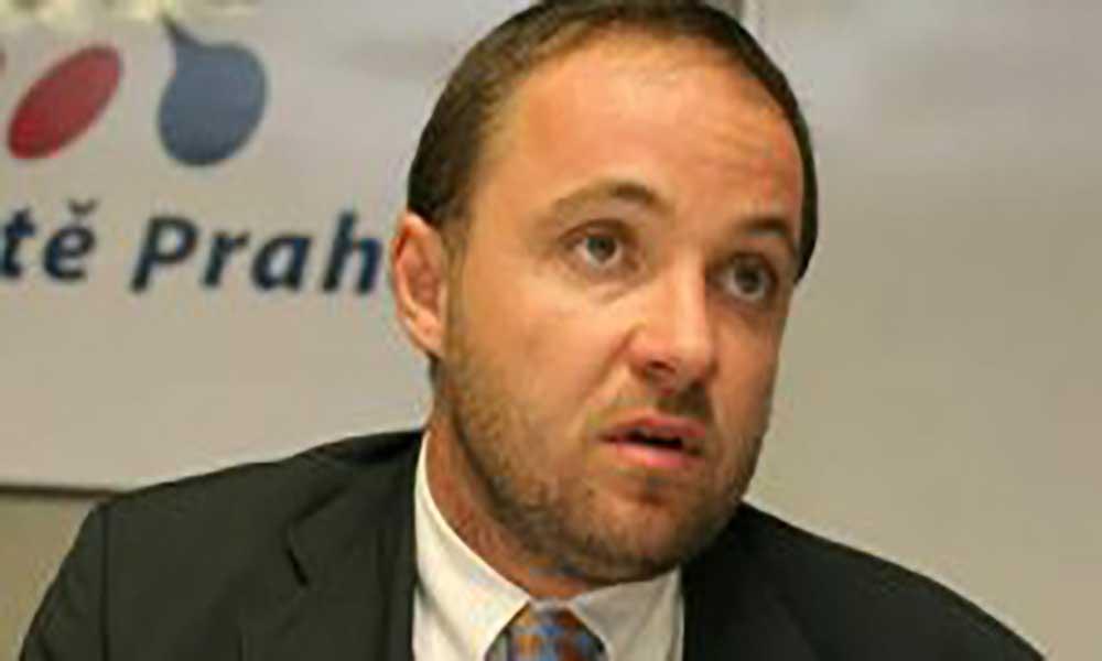 Embaixador da República Checa quer ver filhos de São Nicolau estudar no seu país