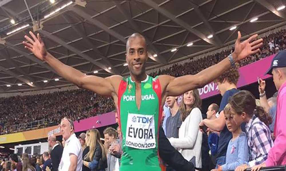 Nélson Évora conquista medalha de bronze nos Mundiais de atletismo