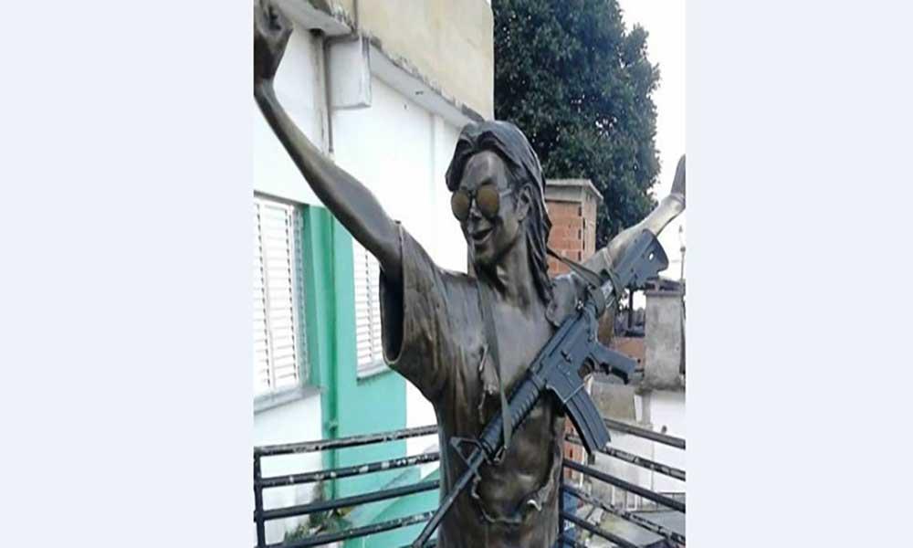 Violência afecta turismo em favela que tem estátua de Michael Jackson