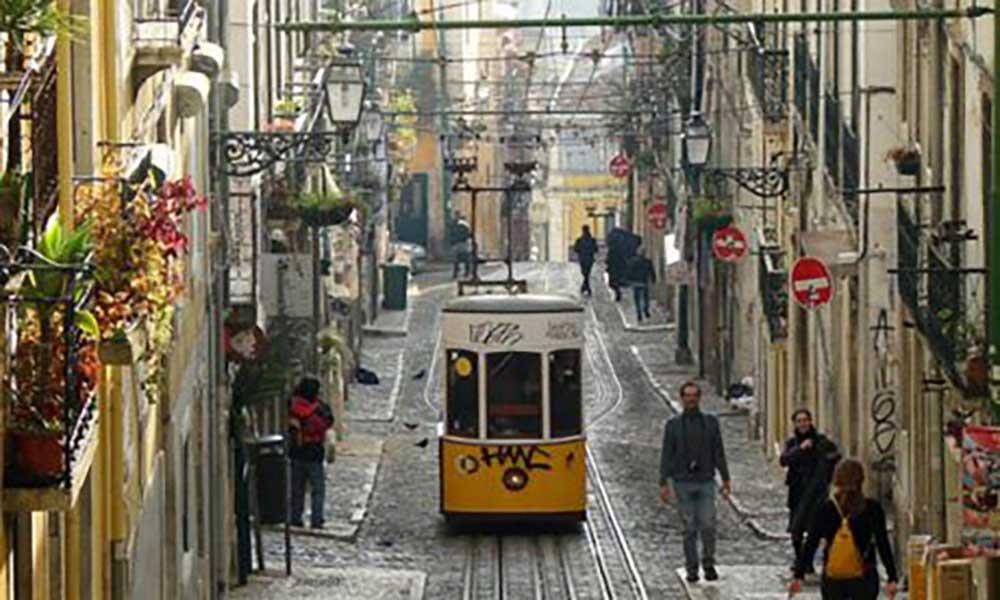 """Portugal: Governo já deu vistos """"gold"""" a mais de 400 investidores brasileiros"""