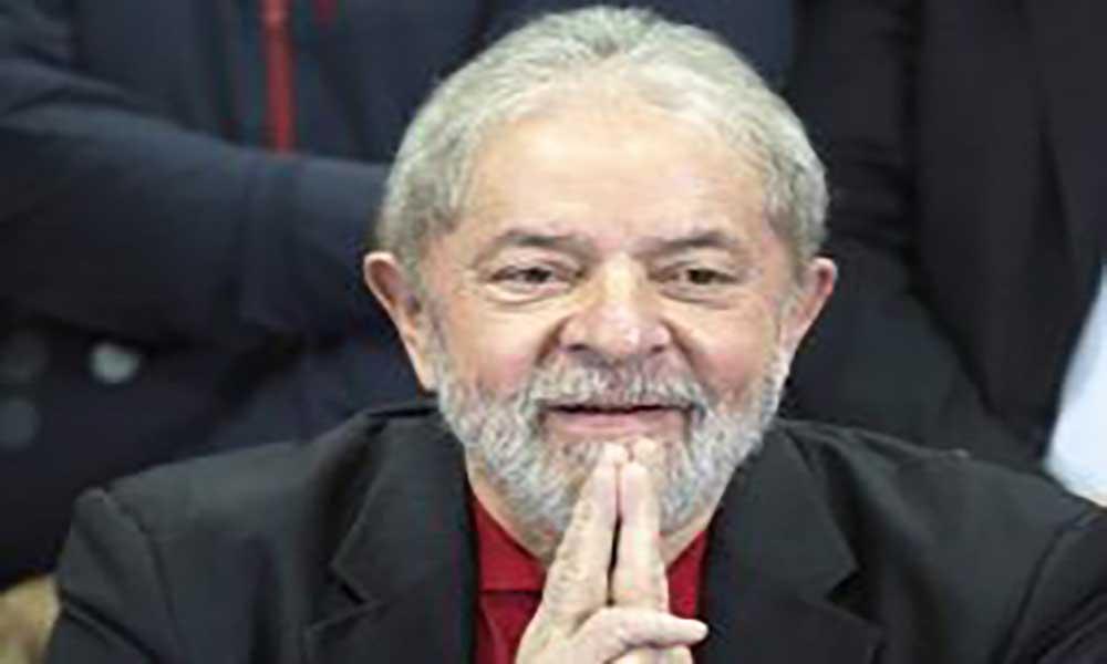 Brasil: Lula diz ao PT para escolher outro candidato às Presidenciais