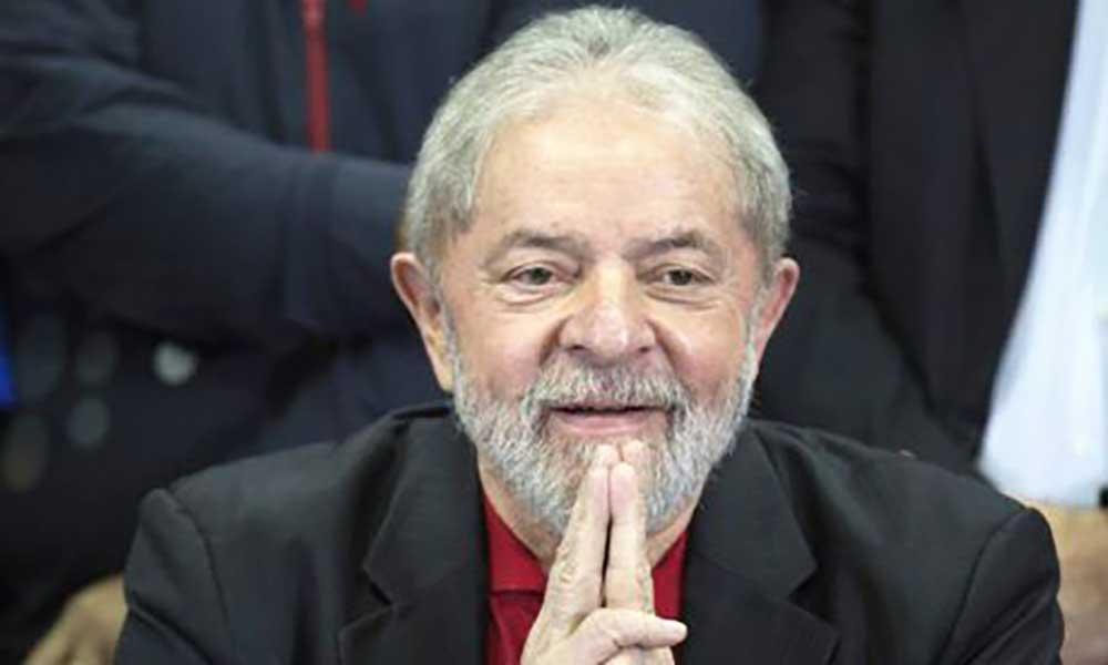 "Brasil: Lula da Silva critica a ""farsa judicial"" de que diz ser vítima"