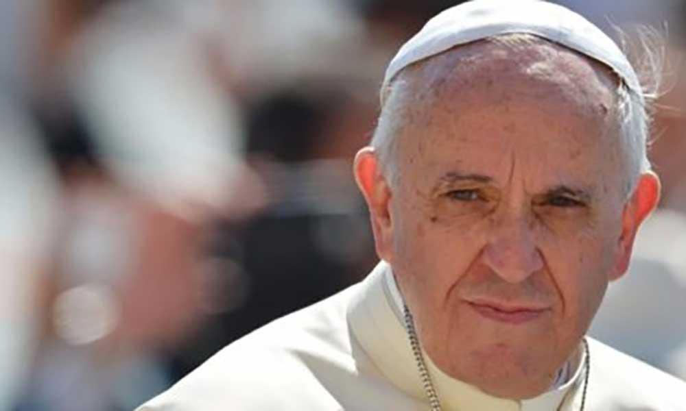 Vaticano: Papa condena abusos sexuais e exige responsabilidades