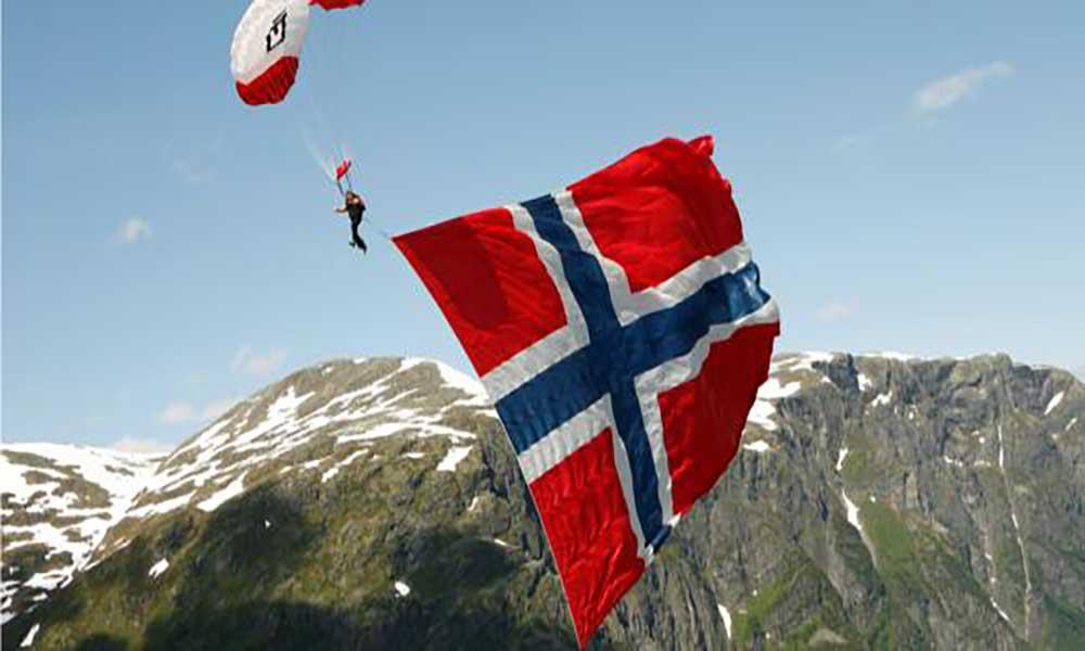 Noruega vota esta segunda-feira em legislativas muito disputadas