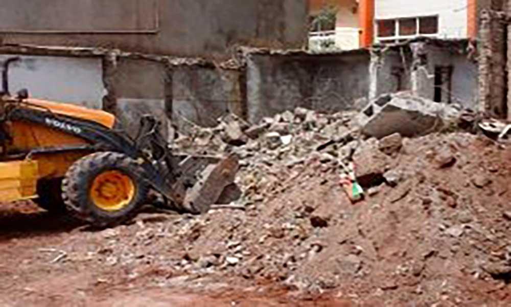 Praia: Câmara organiza mega campanha de limpeza e demolição de pardieiros em Palmarejo e Casa Lata
