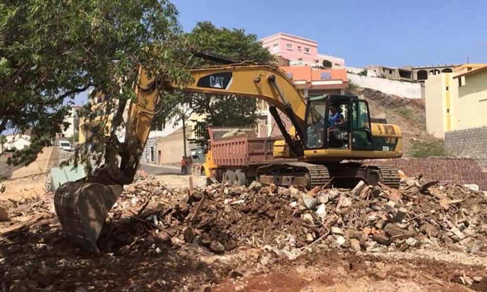 Sokols contra demolição do antigo Consulado inglês