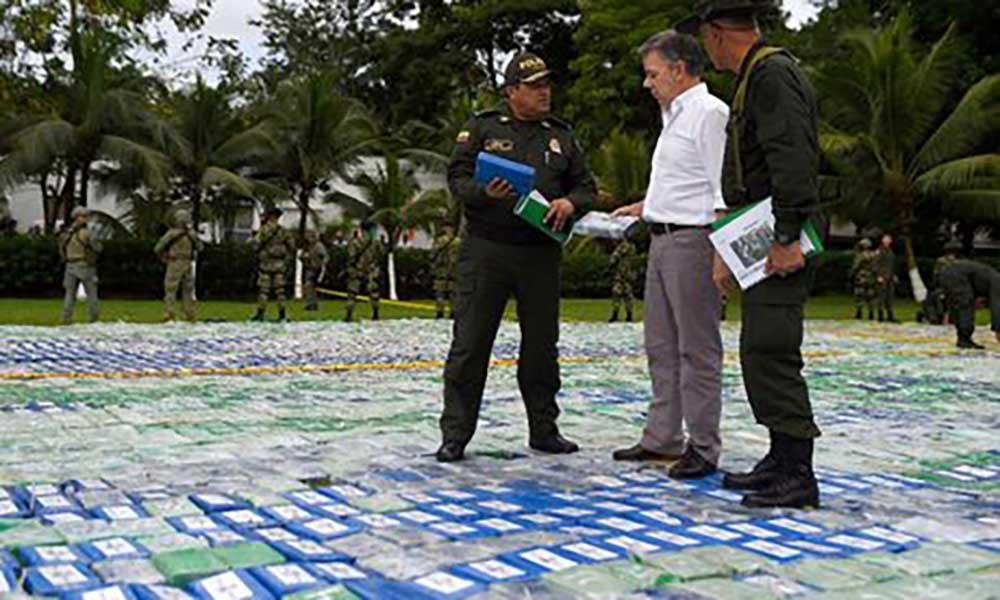 Colômbia anuncia apreensão recorde de 12 toneladas de cocaína no país