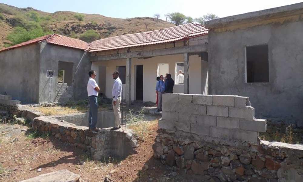 Santa Catarina: Garantia financia a conclusão do jardim infantil de João Bernardo