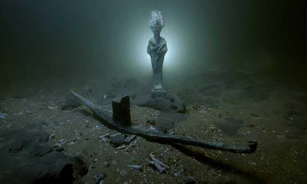 Egipto descobre antiguidades romanas no fundo do mar