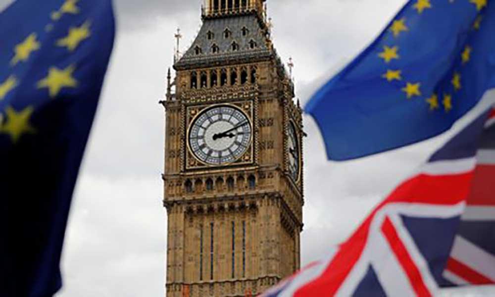 """""""Brexit"""": Bruxelas quer que período de transição termine no final de 2020"""