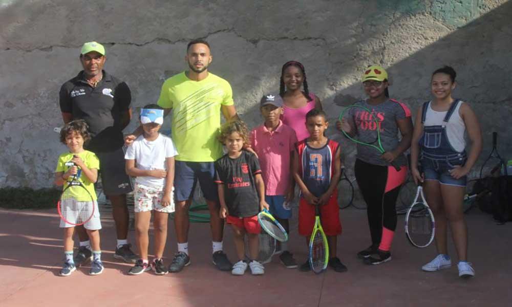 Ténis: Academia Edu Oliveira e ginásio Ghor organizam torneio de natal