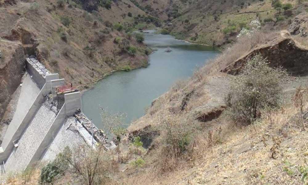 Barragem de Faveta: Cansados de esperar, agricultores extraem água para lavrar a terra