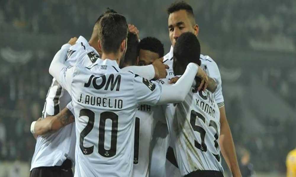 Futebol: Héldon marca no regresso do Vitória de Guimarães aos triunfos