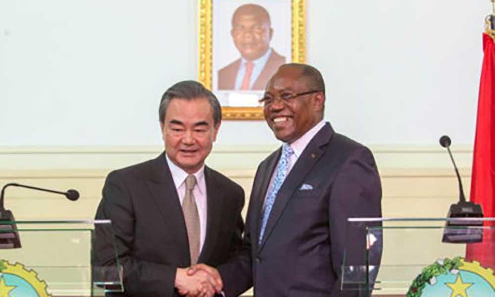 China não está preocupada com dívida angolana