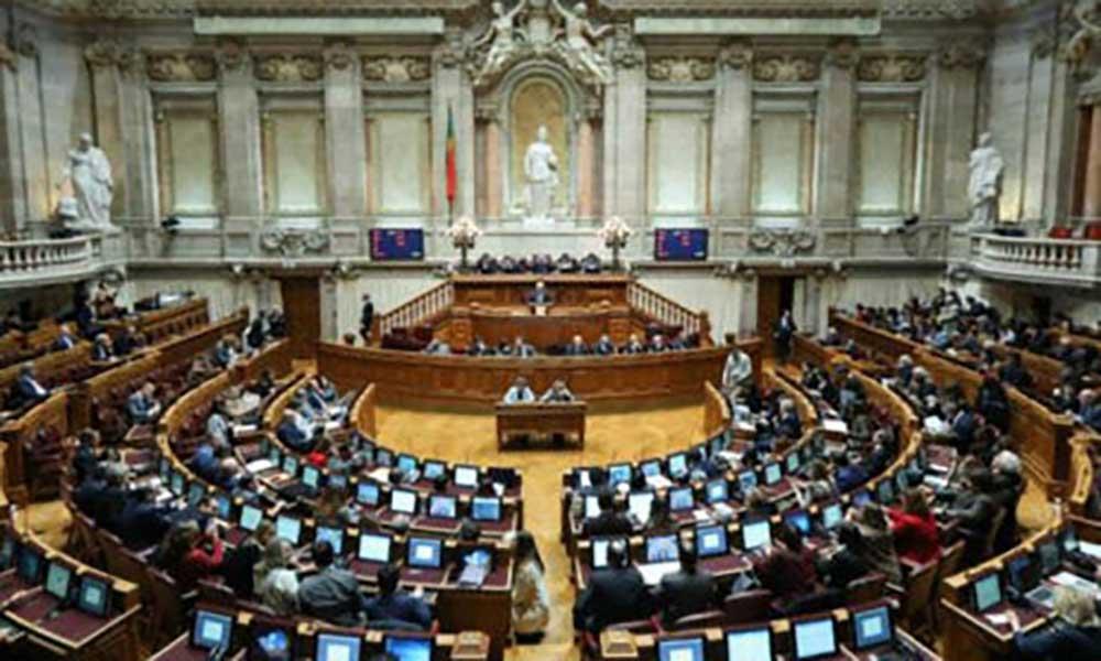 Portugal: Parlamento aprova mudança no Código Penal sobre violência no namoro
