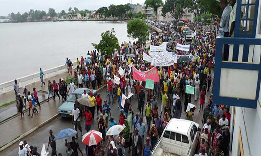 São Tomé e Príncipe: MLSTP-PSD convoca manifestação para terça-feira